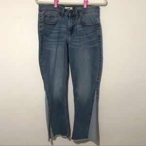 NEW Wrangler Flared Crop Raw Hem Jeans Size 8M